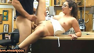Amateur with glasses nailed by pawn guy in the backroom