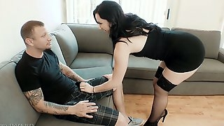 Horny guys fuck super bootyful and big tittied babe Mandy Muse