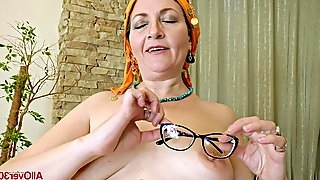 Chubby mature granny with big natural tits and fat ass plays on camera
